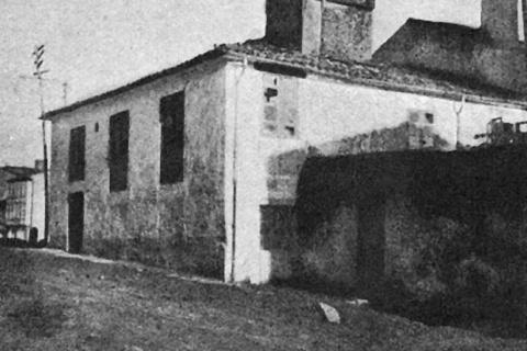 Outra imaxe da casa onde naceu Rosalía