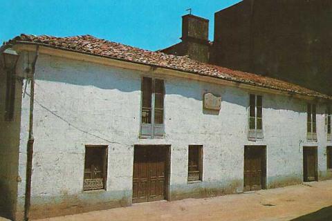 Casa onde vivíu Rosalia de nena en Padrón